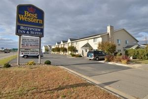 Best Western - Bluffview Inn & Suites