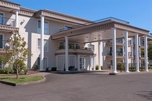 Best Western - Grand Manor Inn