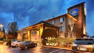 Best Western Plus - Cascade Inn & Suites