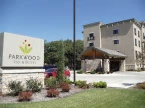 Parkwood Inn and Suites