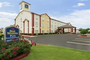 Best Western Plus - Greentree Inn & Suites