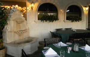 Melo's Italian Restaurant