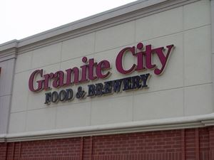 Granite City Food and Brewery - Davenport