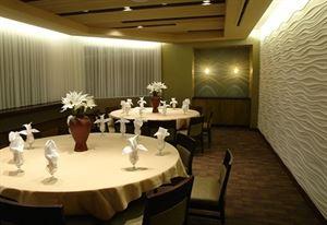 Feng Shui, Sushi.Lounge.Hibachi