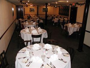 CJ Muggs Restaurant and Bar