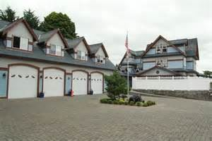 Mansion Inn Lake Stevens