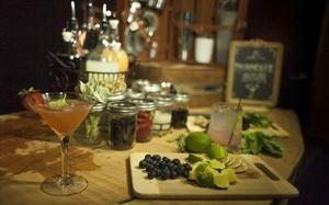 Paradise Bar and Beverage