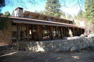 San Moritz Lodge