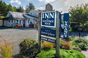 Haystack Lodgings Sand Trap Inn