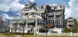 Victorian Lace Inn
