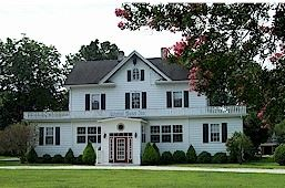 Colonial Manor Inn Bed & Breakfast