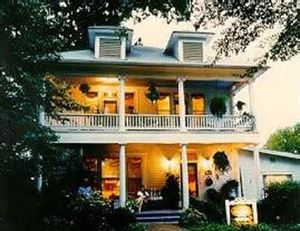 1908 Ridgeway House Bed & Breakfast Inn