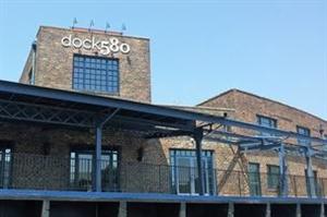 Dock580