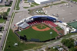 Veterans Memorial Stadium - Cedar Rapids Kernels