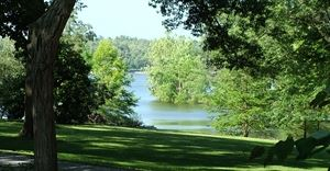 Whispering Oaks On Kentucky Lake