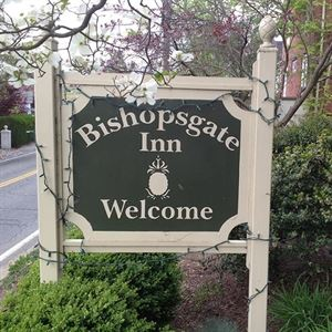 Bishopsgate Inn
