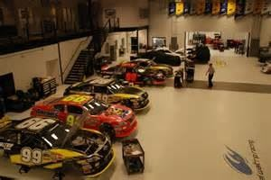 Michael Waltrip Racing