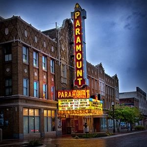 The Paramount Theatre Centre