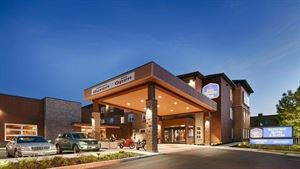 Best Western Plus - Bathurst Hotel & Suites