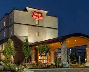 Hampton Inn & Suites Portland/Hillsboro-Evergreen Park