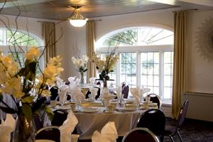 Dino's Catering at Pine Ridge Country Club