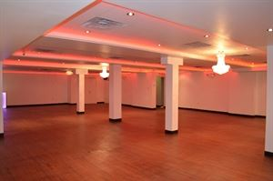 Mel's Fab Events Banquet Hall
