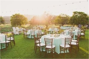 Hamilton Oaks Vineyard Events