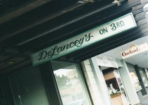 Delancy's on 3rd