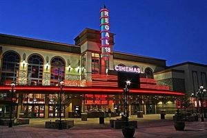 Regal Cinemas Bridgeport Village 18 & IMAX
