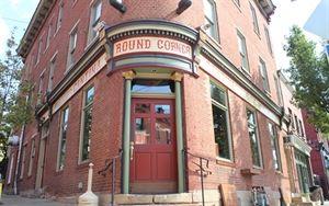 Round Corner Cantina