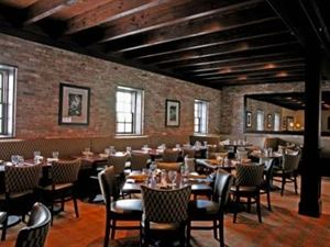 The Fox & Hound Wood Grill & Tavern