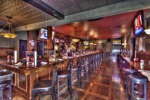 Wood-n-Tap Bar & Grill
