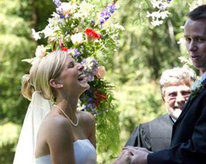 Artful Wedding Arrangements