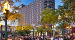 Courtyard by Marriott Minneapolis Downtown
