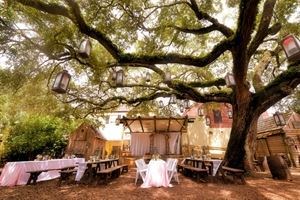 Weddings at Colonial Quarters