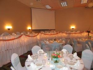Riverport Inn & Suites