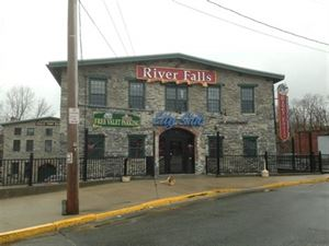River Falls Restaurant & Lounge