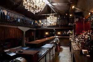Frank's Bar & Grille