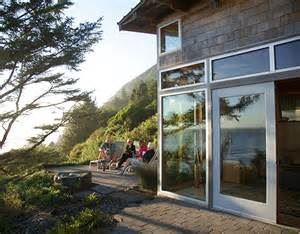 The Winery at Manzanita: Oregon Coast Wine Experience