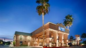 Best Western Plus - Hilltop Inn