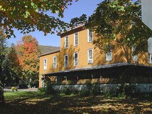 The Woodbine Inn & Arts Center