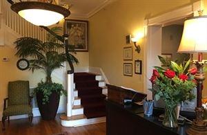 Riverdale Inn