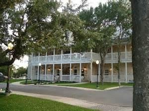 Gruene Apple Bed And Breakfast