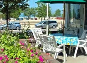 Blue Water Inn And Suites