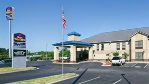 Best Western - Hiram Inn & Suites