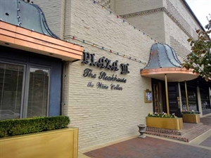 Plaza III Steakhouse