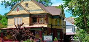 Jewel Of The Canyons Bed And Breakfast Inn
