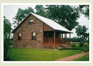 Acadian Oaks Bed & Breakfast