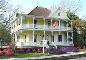 Queen Anne Bed And Breakfast