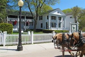 Haan's 1830 Inn Bed And Breakfast Mackinac Island